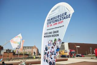 2021_06_Stiftungstage_Infostand_Mobil_0092