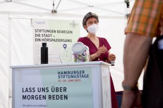 2021_06_Stiftungstage_Infostand_Mobil_0179
