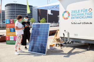 2021_06_Stiftungstage_Infostand_Mobil_1132